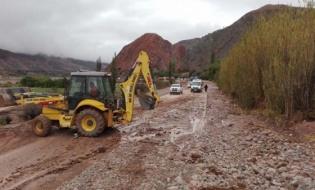 A pesar de las intensas lluvias, la Ruta Nacional 9 se encuentra transitable con precaución